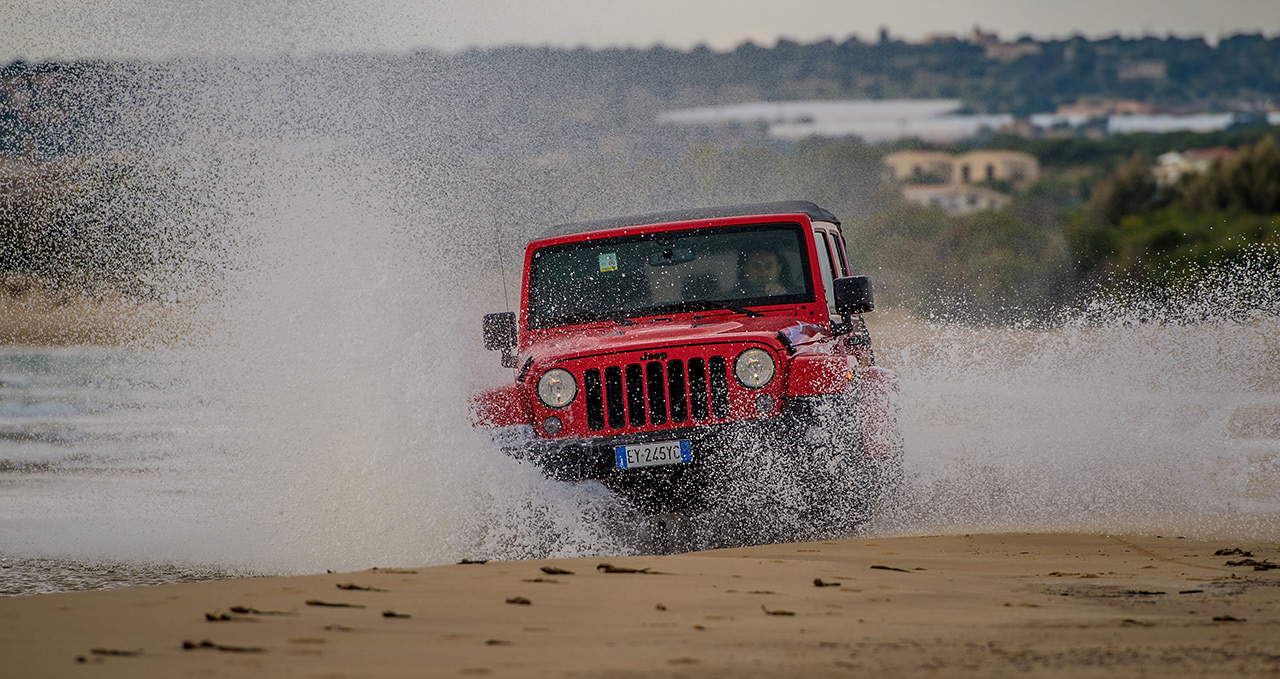 180423_Jeep_Wrangler_02_slider